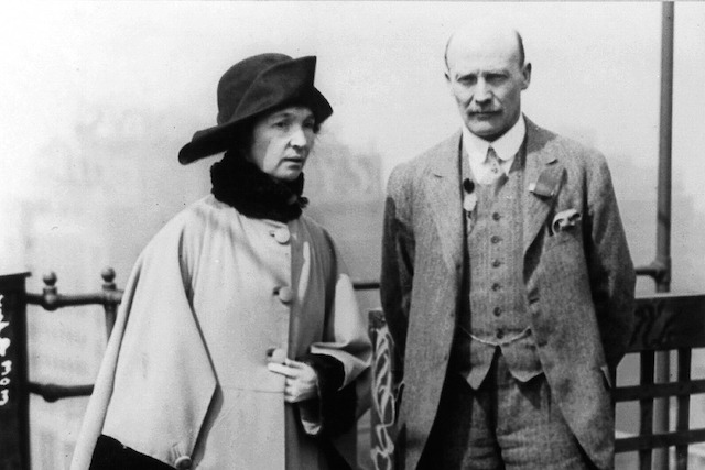 Margaret Sanger and fellow eugenics advocate Charles Drysdale in New York in 1925 (Photo:    Wikimedia   )