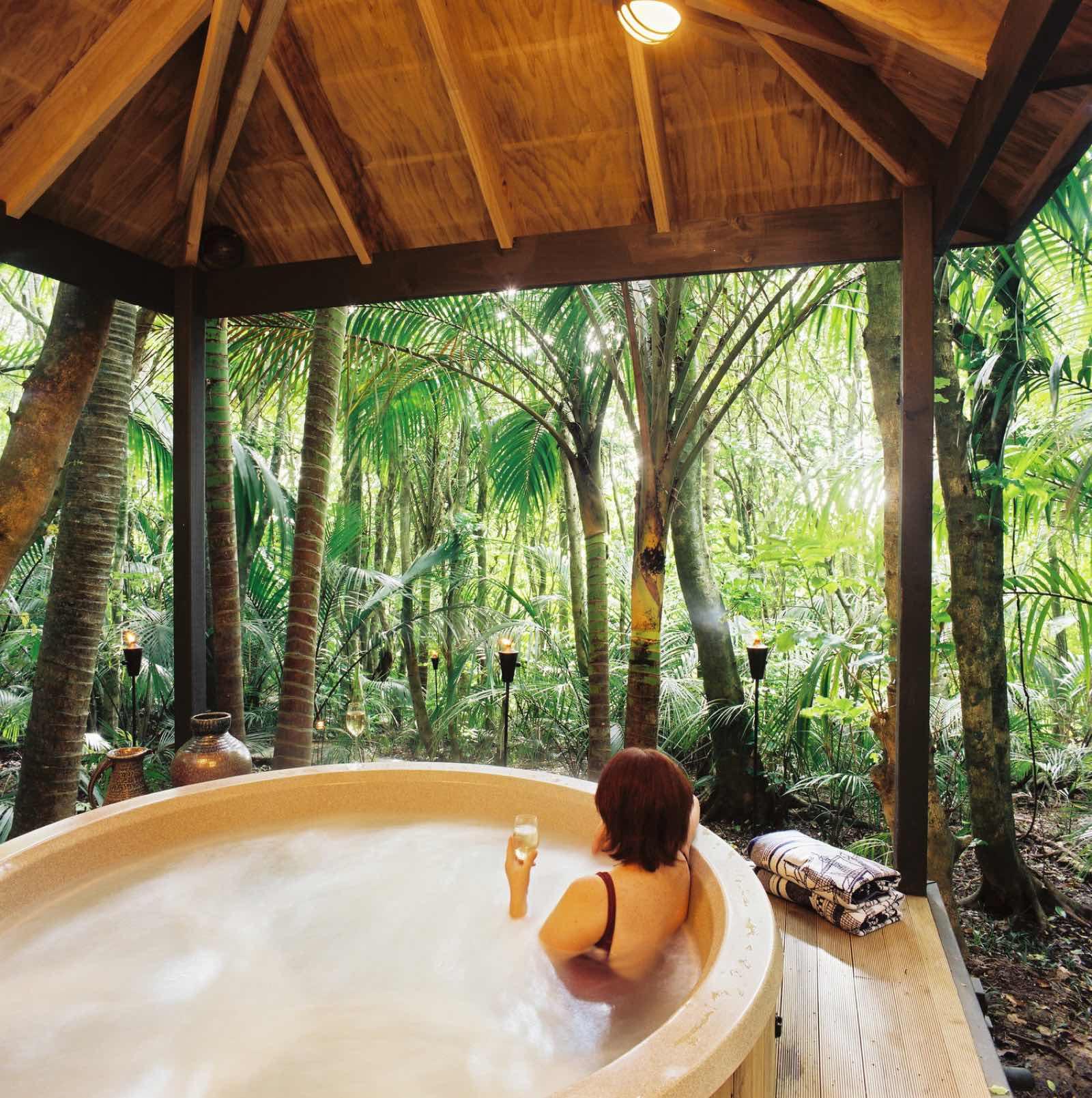 new zealand luxury resorts hot tub