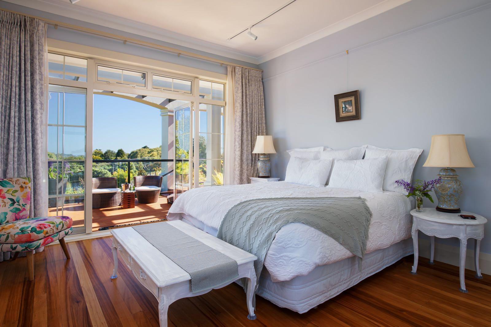 new zealand honeymoon suite