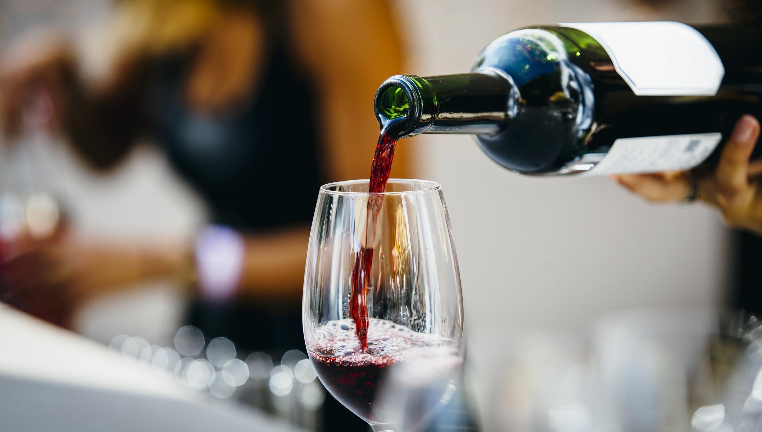 tasting-room-wine