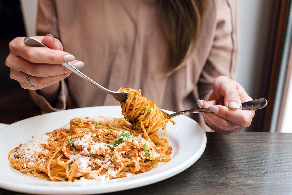 woman-eating-spaghetti.jpg