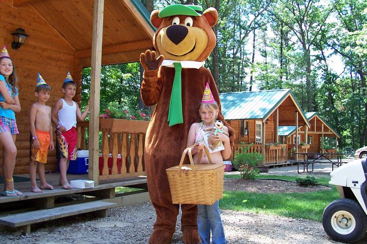 yogi-bears-camp-resort-water-playground-acco-001.jpg