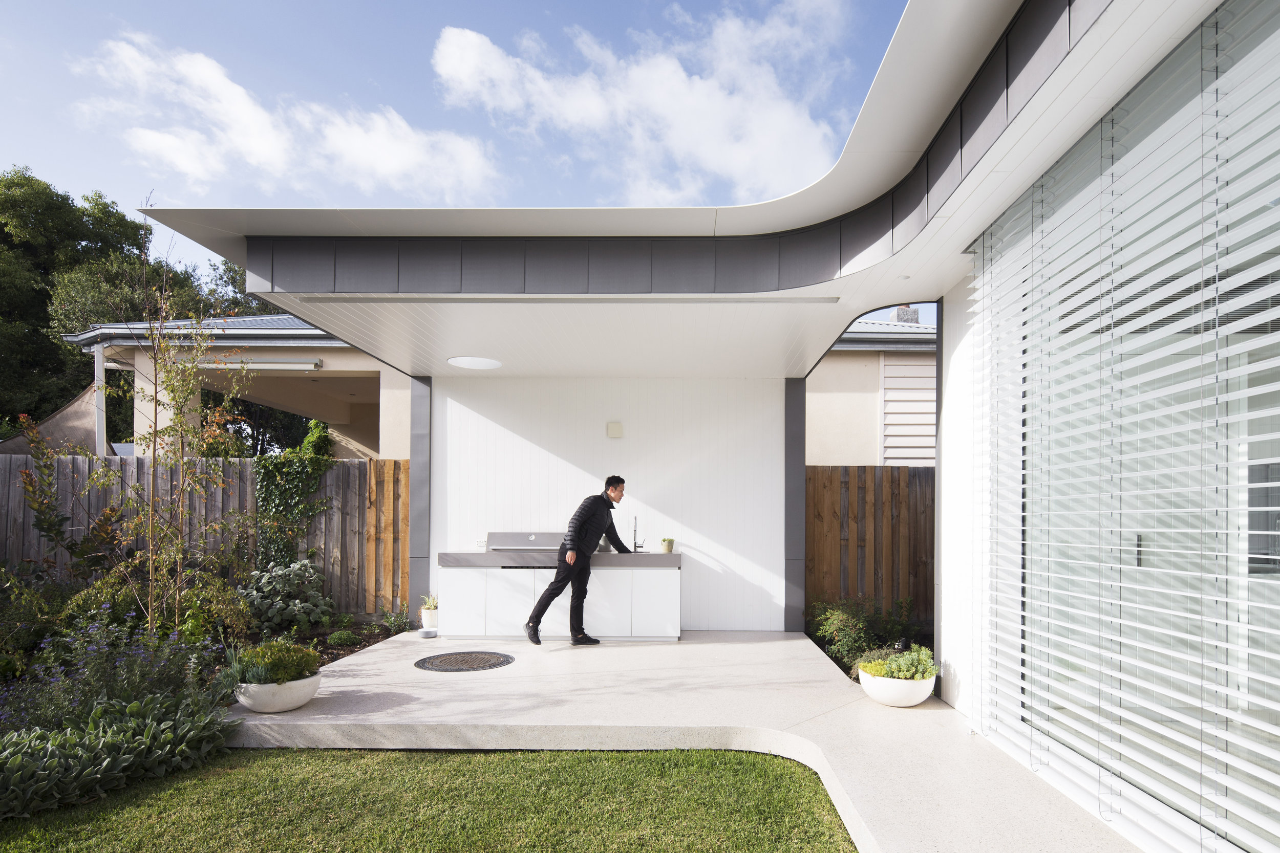Outside In House | MODO Architecture Pty Ltd | Photo: Ben Hosking