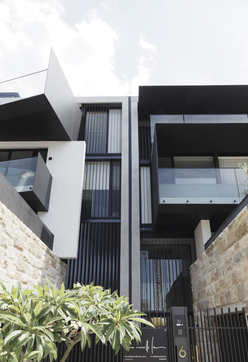 twin-houses-architecture-saville-isaacs-the-design-emotive-7.jpg