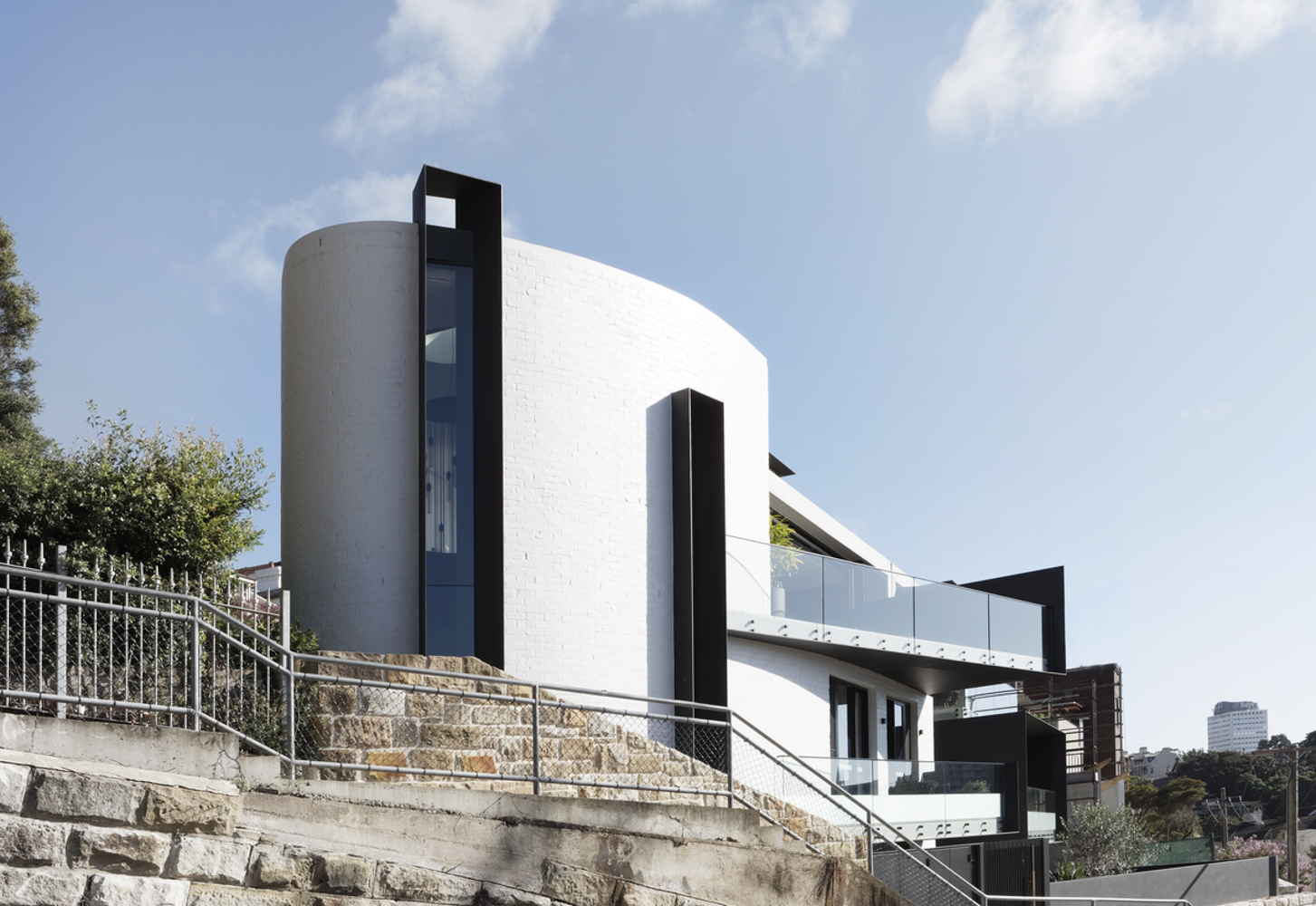twin-houses-architecture-saville-isaacs-the-design-emotive.jpg