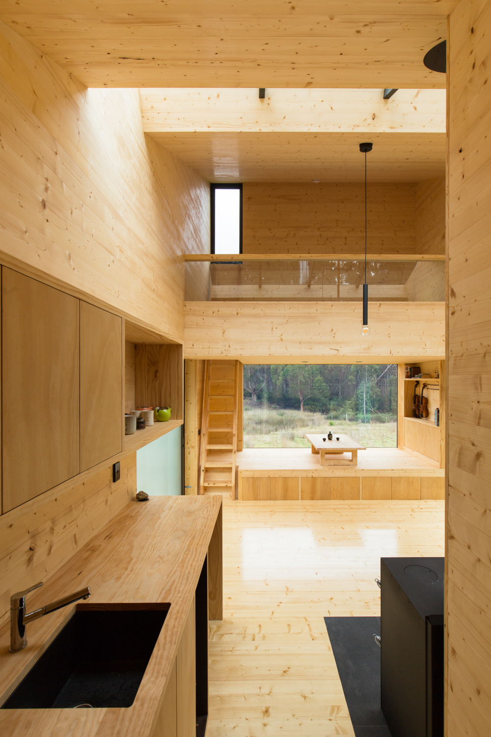 bruny-isand-hideaway-maguire-devine-architects-the-design-emotive-06.jpg