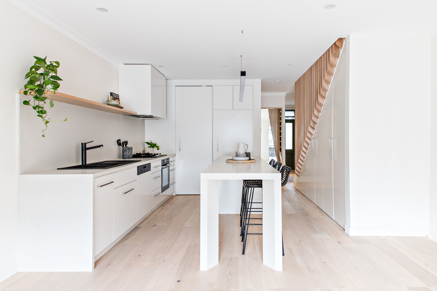 seven-seat-house-kitty-lee-architecture-the-design-emotive-01.jpg