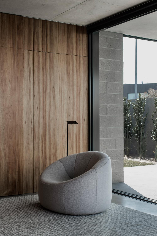 torquay-house-eldridge-anderson-the-design-emotive-08.jpg