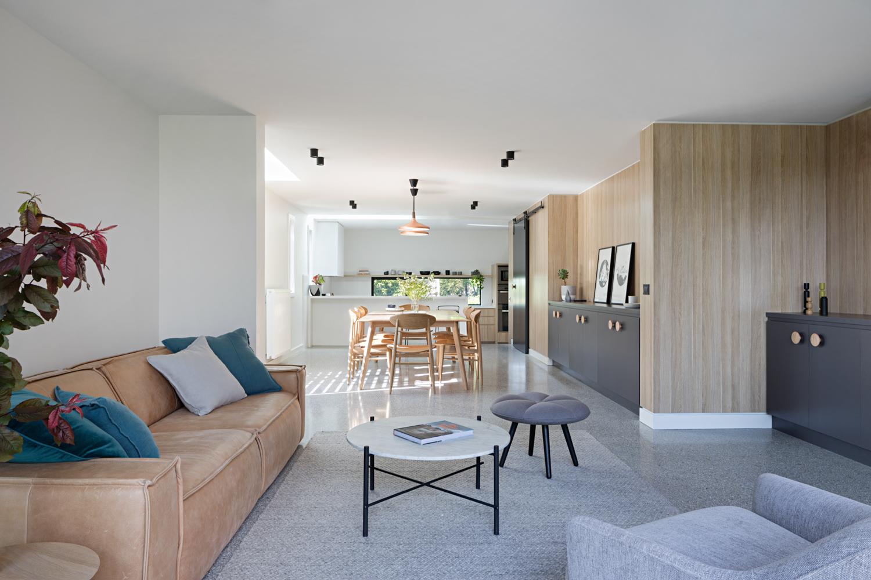 ruffey-lake-house-inbetween-architecture-the-design-emotive-01.jpg