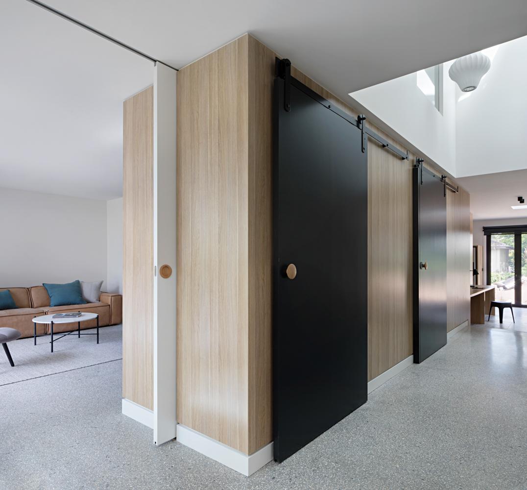 ruffey-lake-house-inbetween-architecture-the-design-emotive-17.jpg