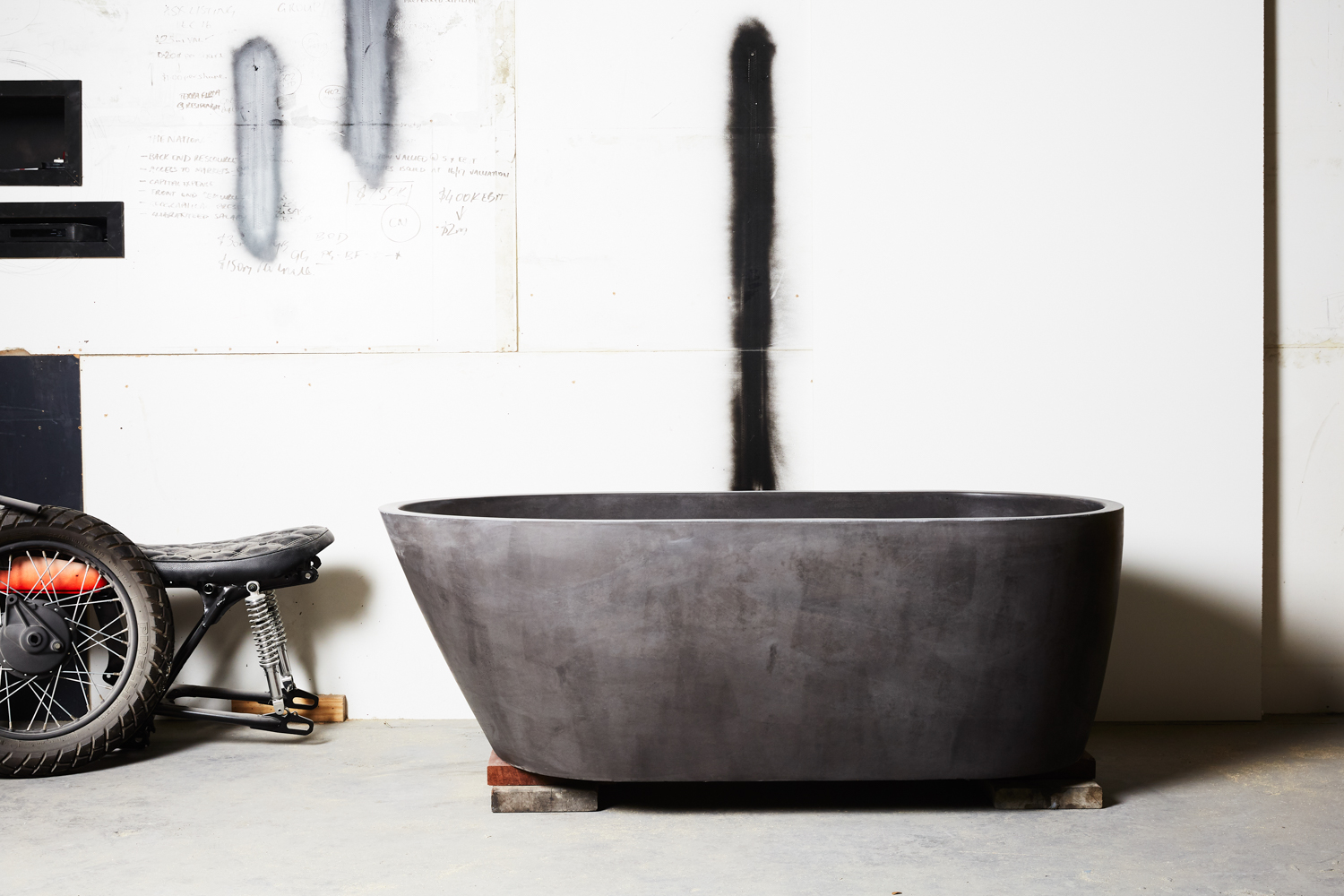 oasis-bath-concrete-nation-the-design-emotive-02.jpg