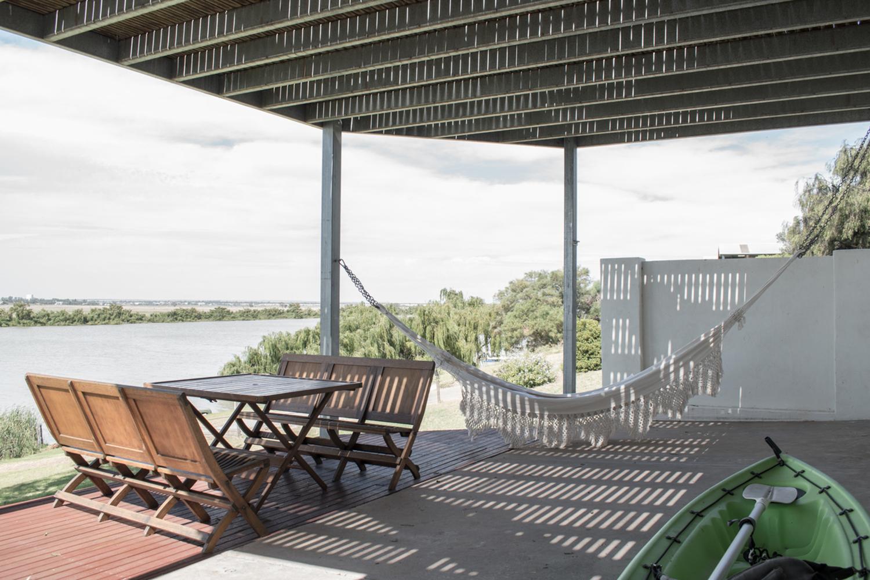 river-house-james-allen-architect-the-design-emotive-09.jpg