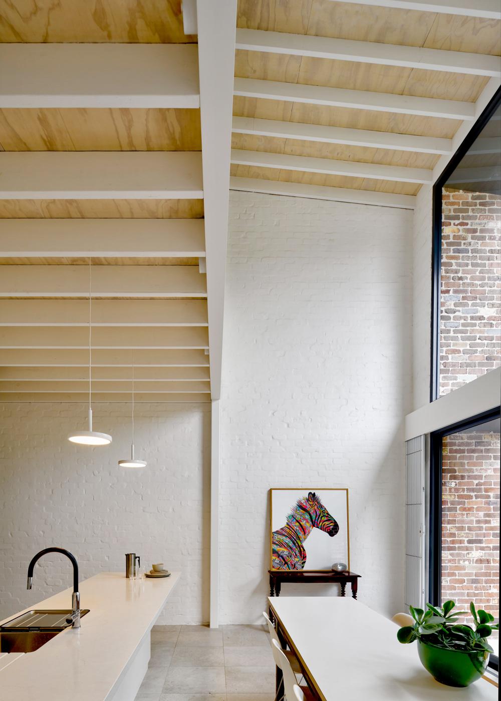 brick-aperture-house-kreis-grennan-architecture-the-design-emotive-03.jpg