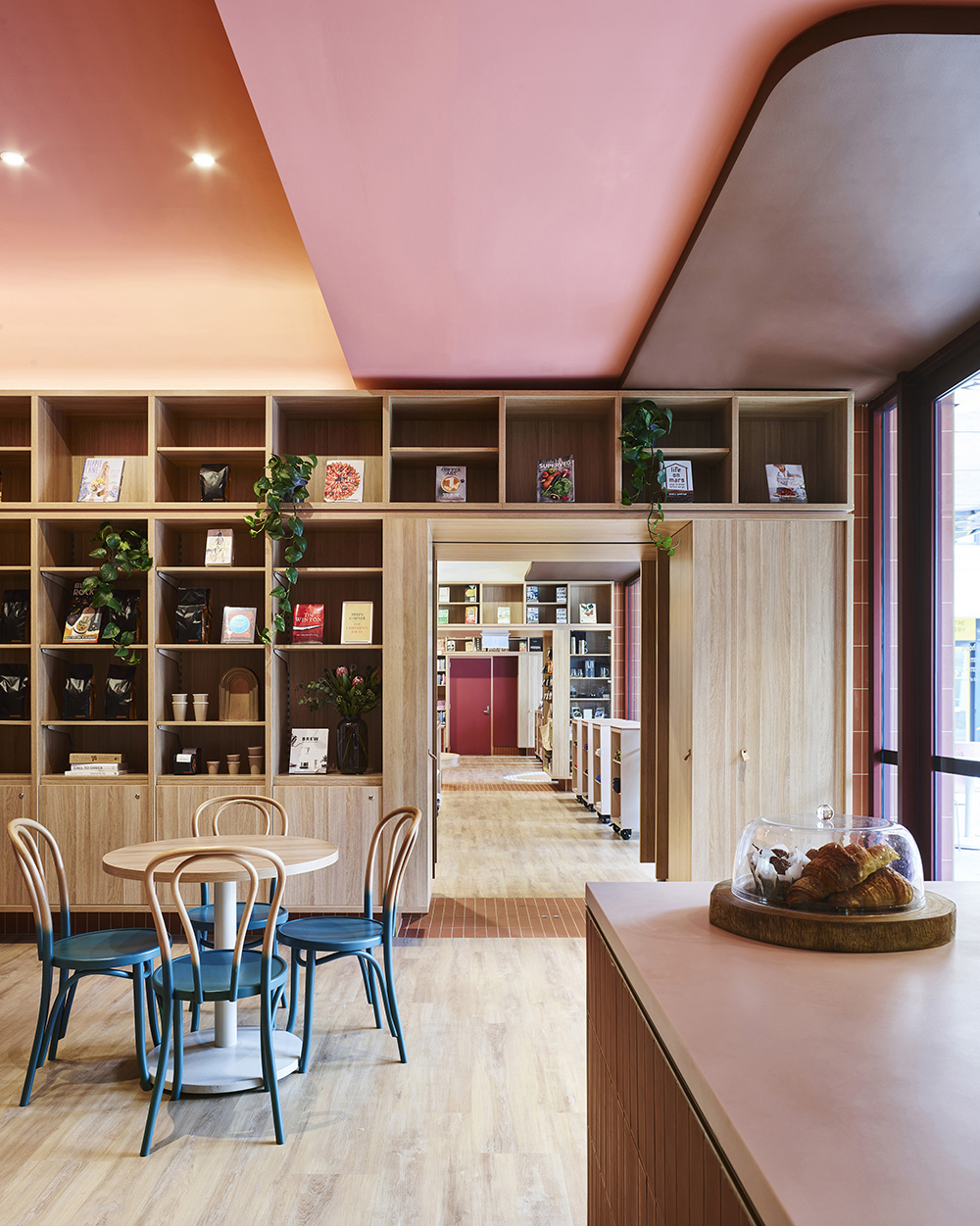 Dulux Colour Awards 2019 Commercial Interior: Workplace and Retail Commendation Project _ The UNSW Bookshop (NSW) by SJB Photographer _ Anson Smart