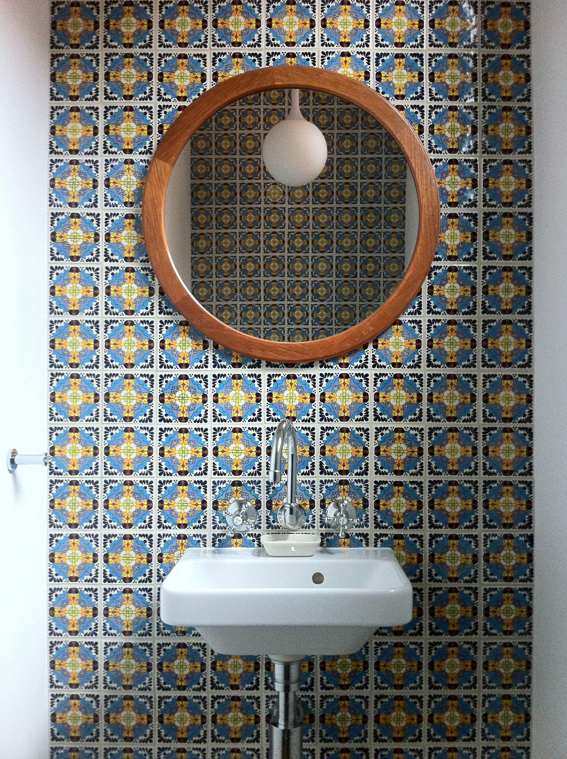 cubo-house-phooey-architects-the-design-emotive-07.jpg