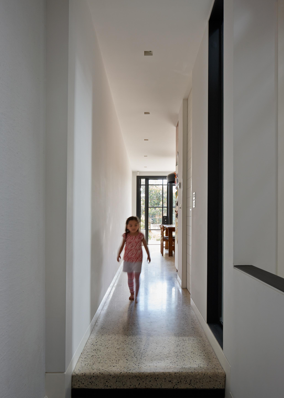cubo-house-phooey-architects-the-design-emotive-20.jpg