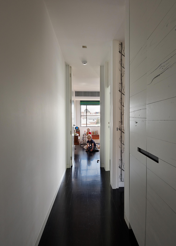 cubo-house-phooey-architects-the-design-emotive-29.jpg