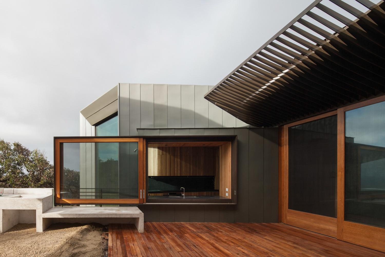 fairhaven-beach-house-john-wardle-architects-the-design-emotive-02.jpg
