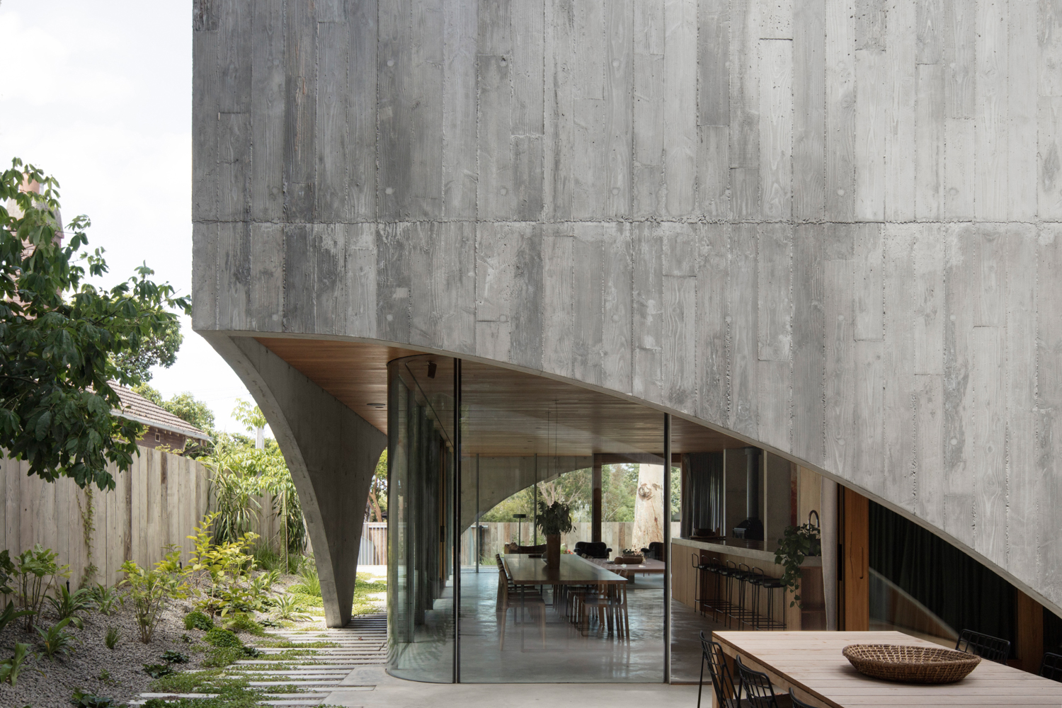 Hawthorn House by  Edition Office  | ©  Ben Hosking