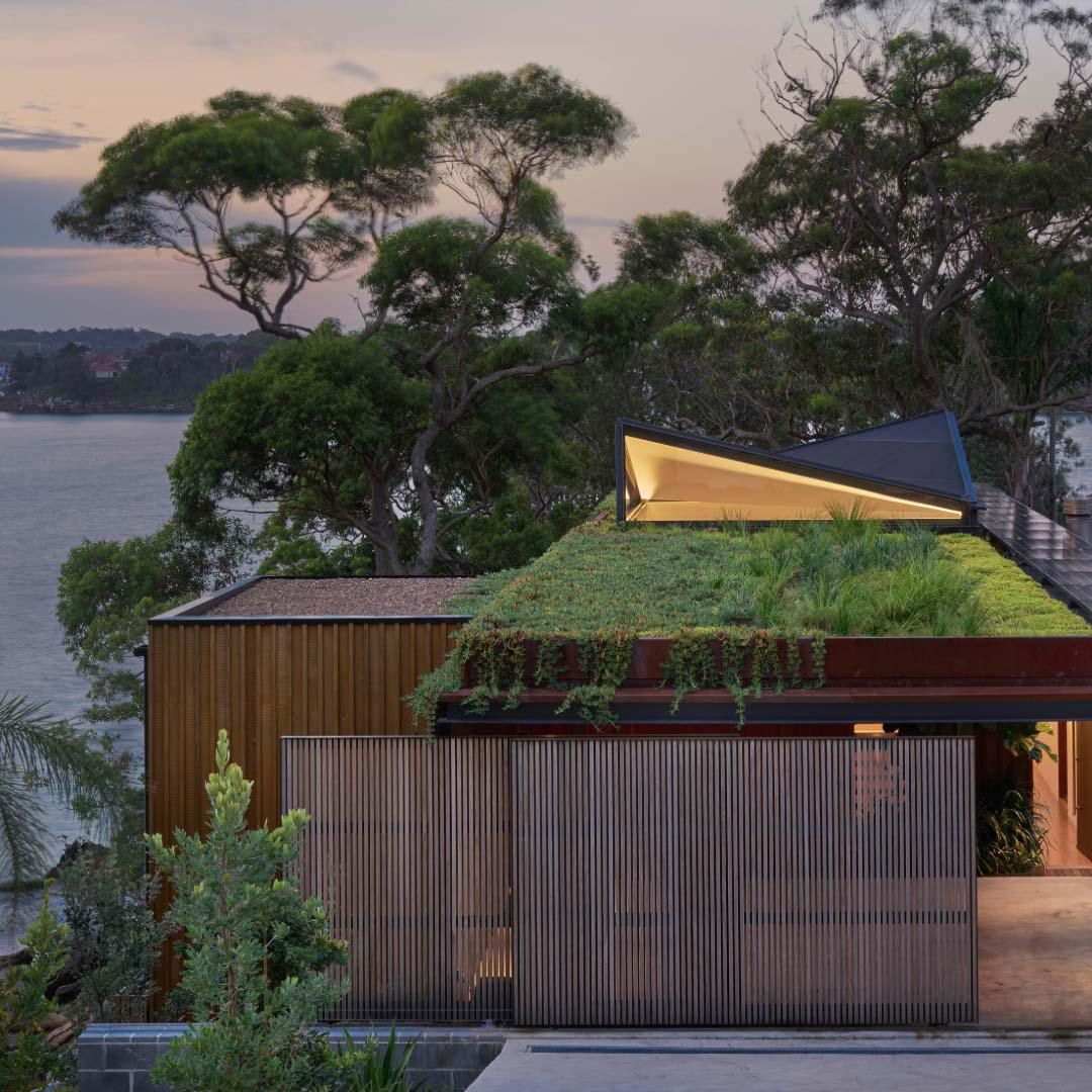 Bundeena Beach house by Grove Architects | Photographed by Michael Nicholson