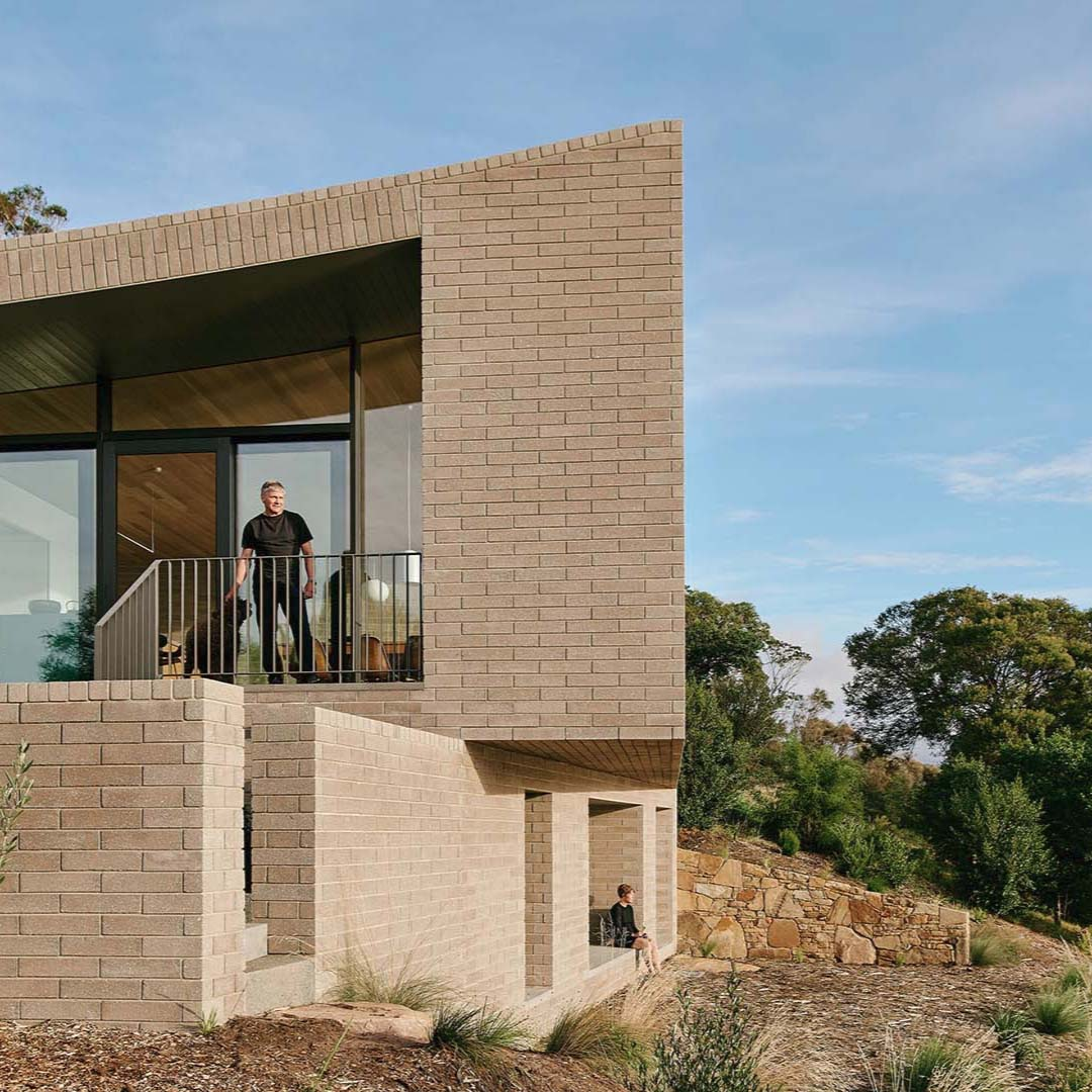 House at Otago Bay by Topology Studio | Photographed by Paul Hermes