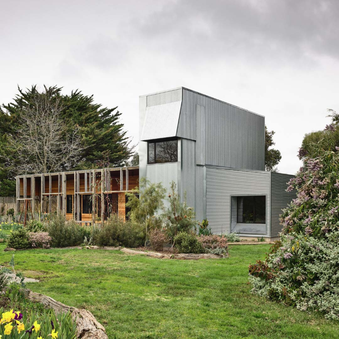 Leongatha Shed by Wolveridge Architects | Photographed by Derek Swalwell