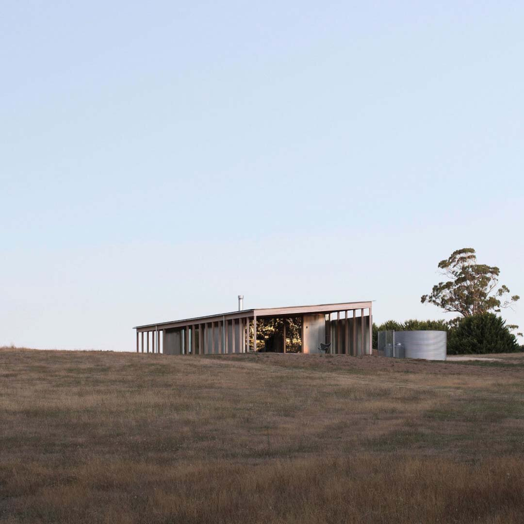 Springhill House by Lovell Burton Architecture | Photographed by Benjamin Hosking