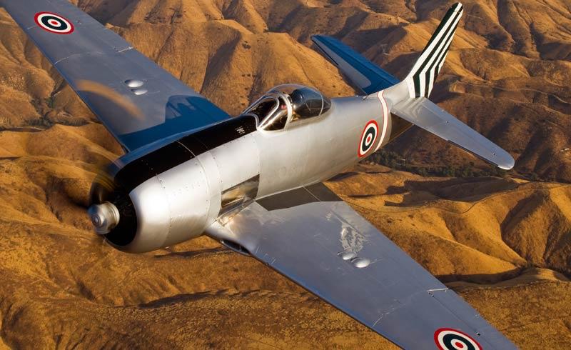 F8F-2 BEARCAT -