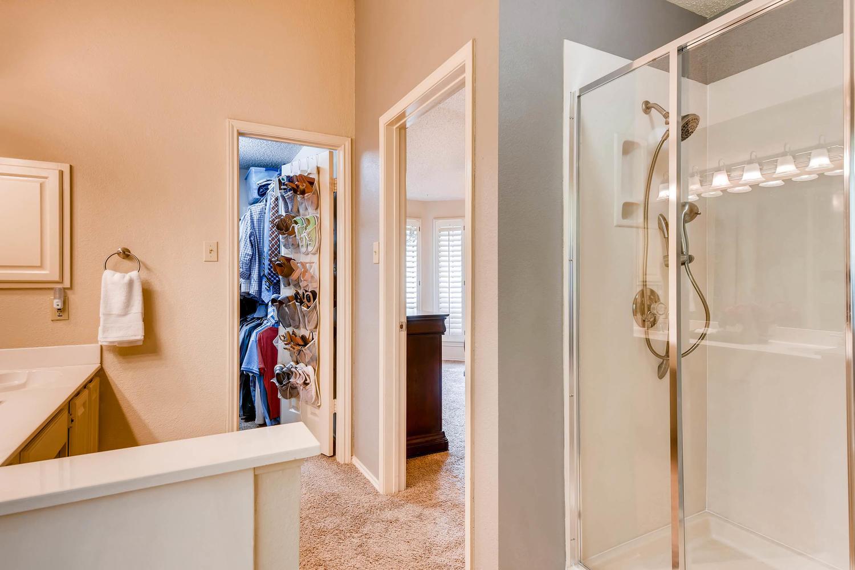 11313 Stormy Ridge Rd Austin-large-028-13-Master Bathroom-1500x1000-72dpi.jpg