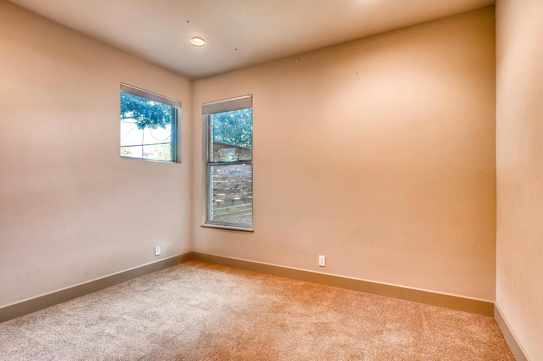 1100 Upland Austin TX 78741-large-021-30-Bedroom-1500x998-72dpi.jpg