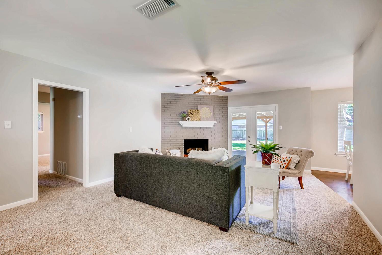 2103 Wooten Dr Austin TX 78757-large-005-3-Living Room-1500x1000-72dpi.jpg