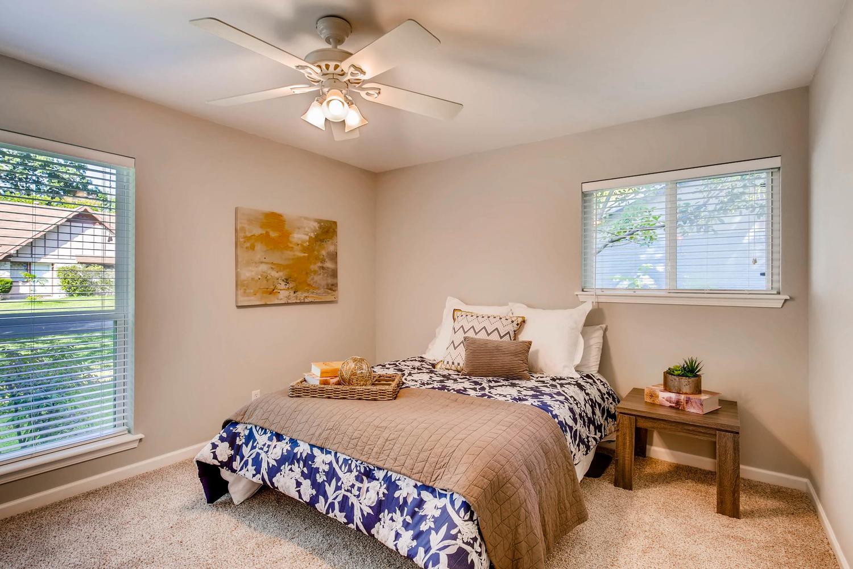 2103 Wooten Dr Austin TX 78757-large-015-14-Master Bedroom-1500x1000-72dpi.jpg