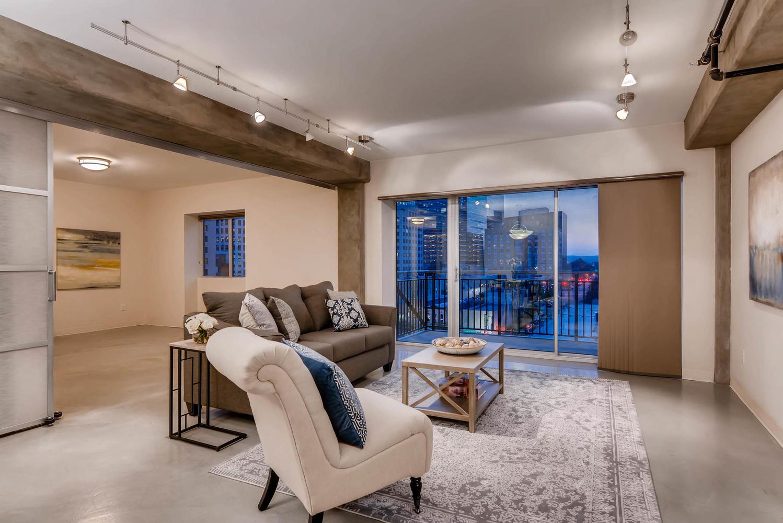 800 brazos street Unit 901-large-002-2-Living Room-1499x1000-72dpi.jpg