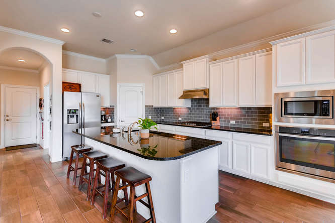 8507 Evelina Trai Austin TX-small-008-5-Kitchen-666x444-72dpi.jpg
