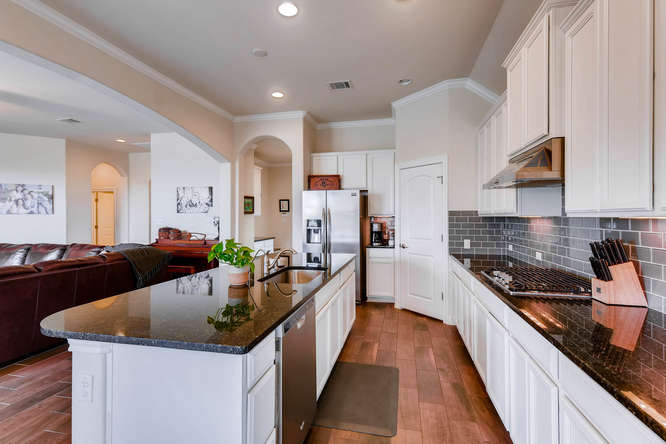 8507 Evelina Trai Austin TX-small-011-4-Kitchen-666x444-72dpi.jpg