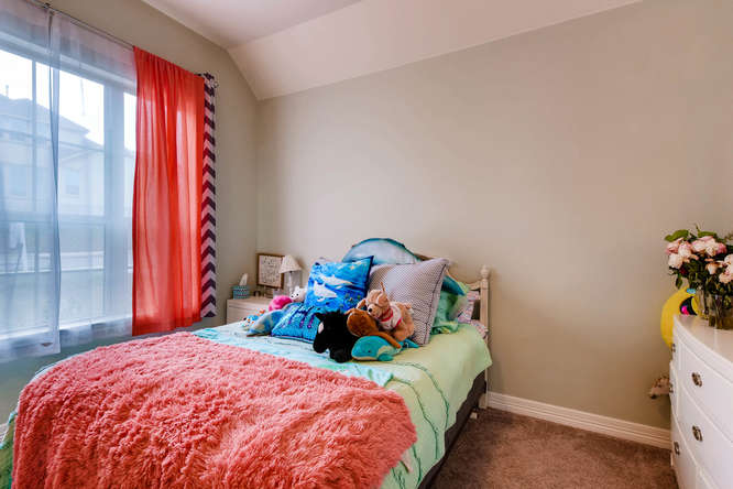 8507 Evelina Trai Austin TX-small-017-23-Bedroom-666x444-72dpi.jpg