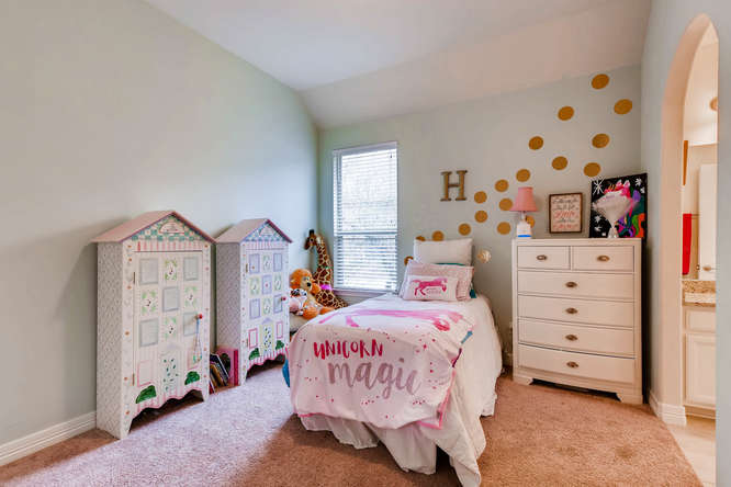 8507 Evelina Trai Austin TX-small-018-24-Bedroom-666x444-72dpi.jpg