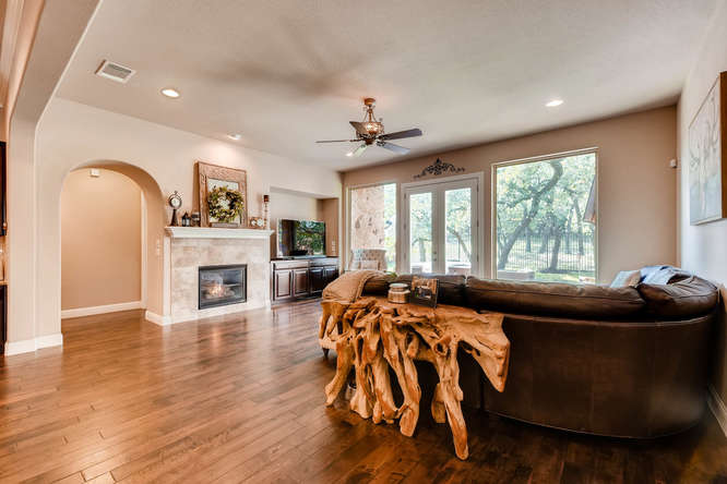 8725 Whispering Trail Austin-small-005-4-Living Room-666x444-72dpi.jpg
