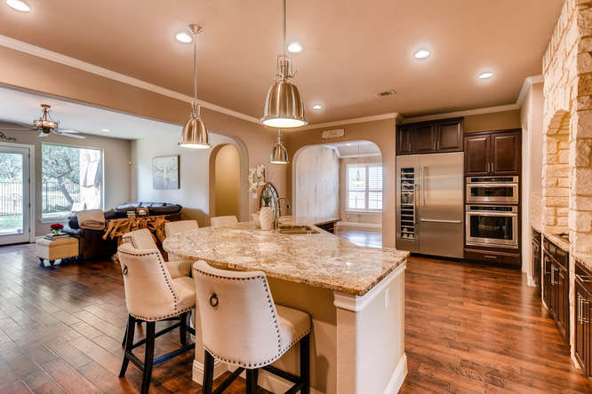 8725 Whispering Trail Austin-small-009-7-Kitchen-666x444-72dpi.jpg