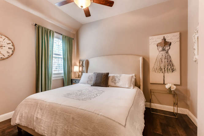 8725 Whispering Trail Austin-small-020-14-Bedroom-666x444-72dpi.jpg