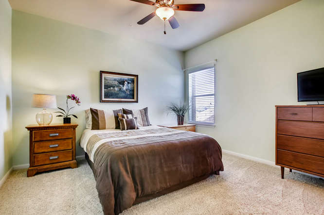 380 Torrington Drive-small-021-25-Bedroom-666x443-72dpi.jpg