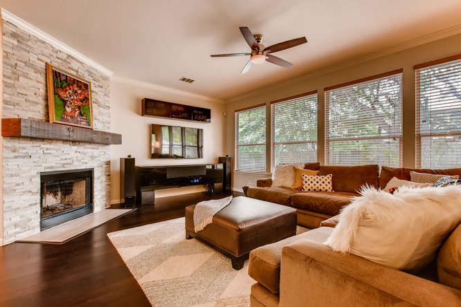 3305 Avenal Austin TX 78738-small-001-4-Living Room-666x444-72dpi.jpg