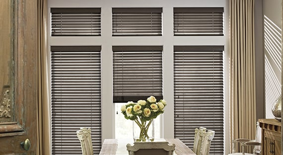 PARKLAND®Traditional styling and rich hardwood slats ensure Parkland®Wood Blinds complement the lines of any room. Fashioned to create a warm and inviting home, they're available in a variety of colours and three slat sizes. -