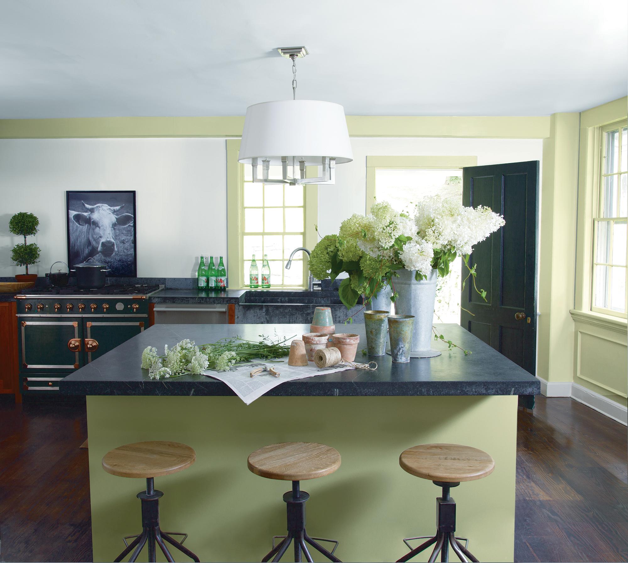 Green_Kitchen_with_Hydrangeas.jpg