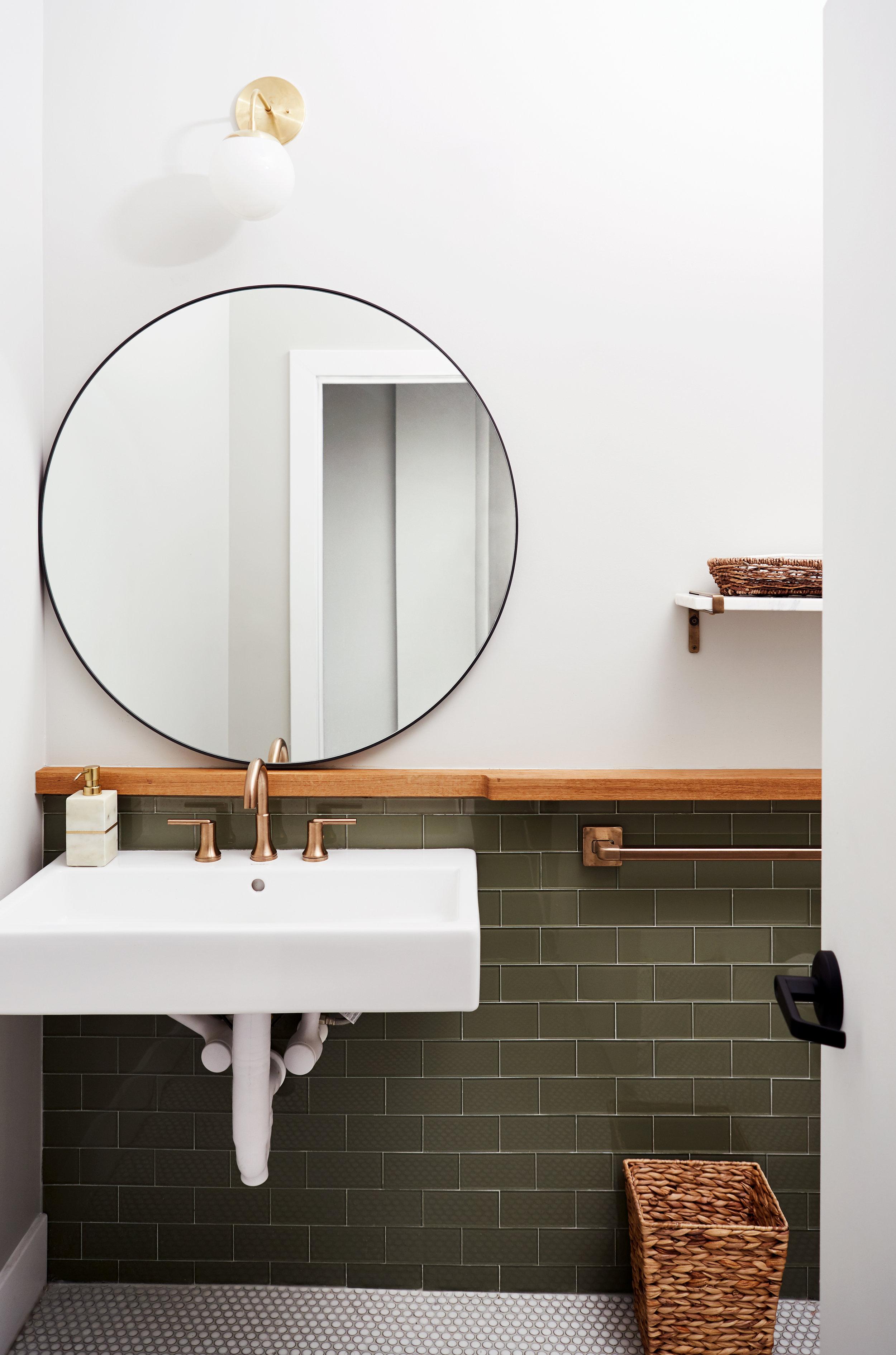 04_Bathroom_111 copy.jpg