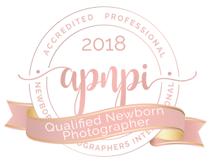 Rebekah Anne Photography, Burlington, Ontario Portrait Photographer, Specializes in Newborn and Child Portrait Photography, Accredited Professional Newborn Photographer APNPI Badge