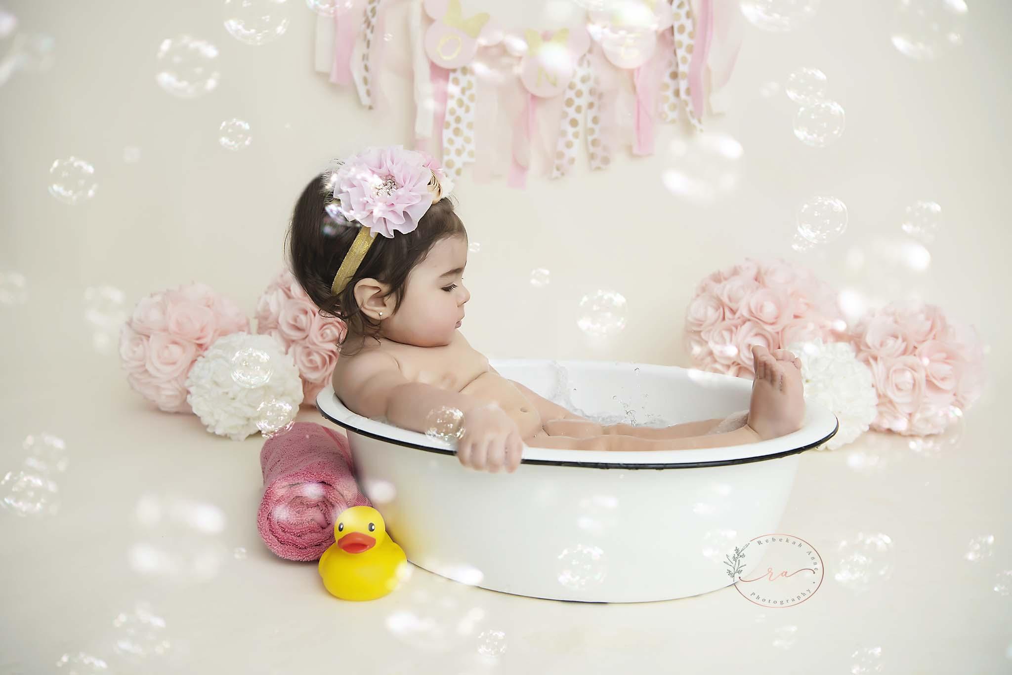 Adrianna_3913bubbles.jpg
