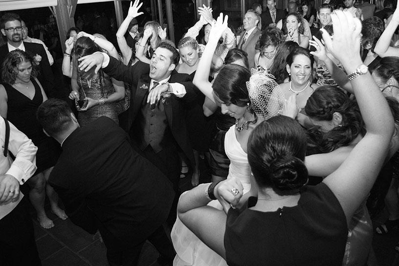 rhythm-of-the-night-entertainment-events-weddings-gallery-5.jpg