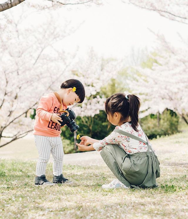 my friends child it was a happy day  #cherryblossom #family #5dmark3 #sigma50mmart #vsco #vscocam