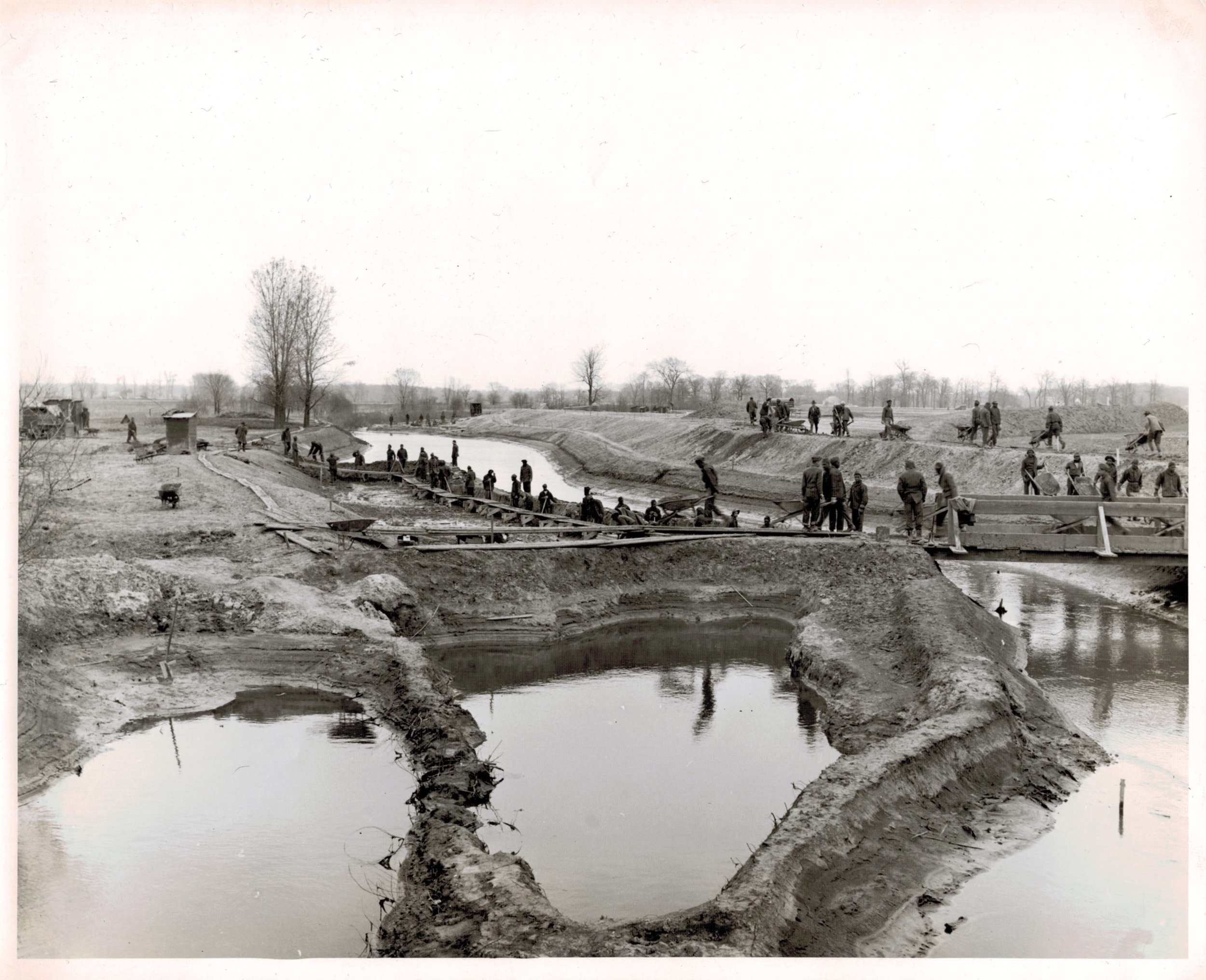 1942 - Skokie Lagoons project completes -